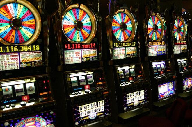 Игровые автоматы и зеркало Admiral casino